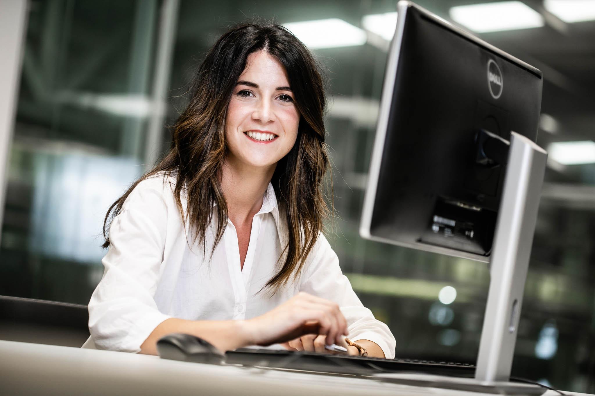 fotografía de empresas en oficina ULMA